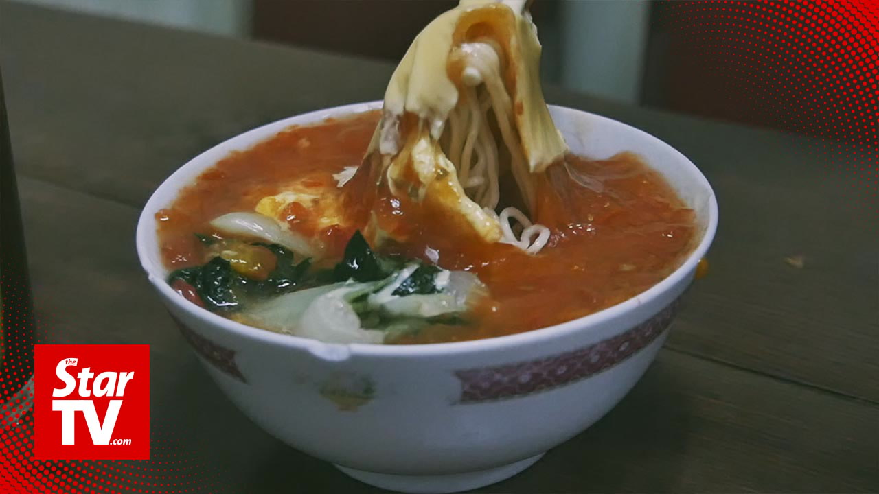 Taste Buds: Tomato Cheese Noodles in Hong Kong